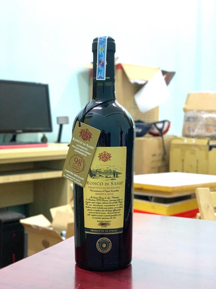 Vang Ý Ronco Di Sassi Di Manduria DOC Limited Edition 98 Điểm